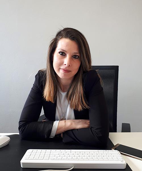 </p> <h1>Elena Petraroli</h1> <p>