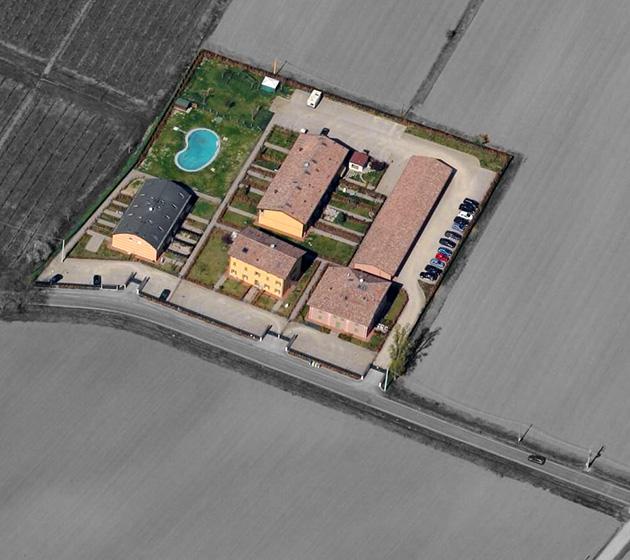 """Vista aerea del condominio """"Mugnano"""""""